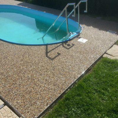 Kamenný koberec – bazény - 1