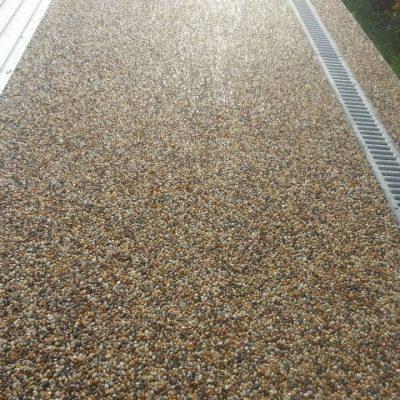 Kamenný koberec – bazény - 18